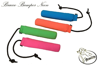 Bracco Bumper Dummy 300 g - floating, different colors.